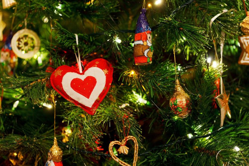 christmas tree wallpaper background image