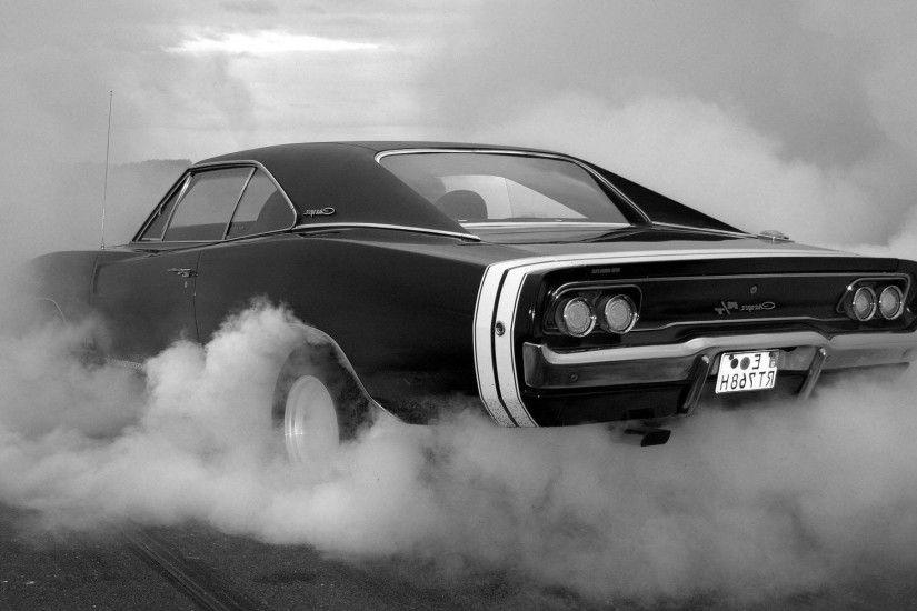 Muscle Car Burnout Wallpaper Collection