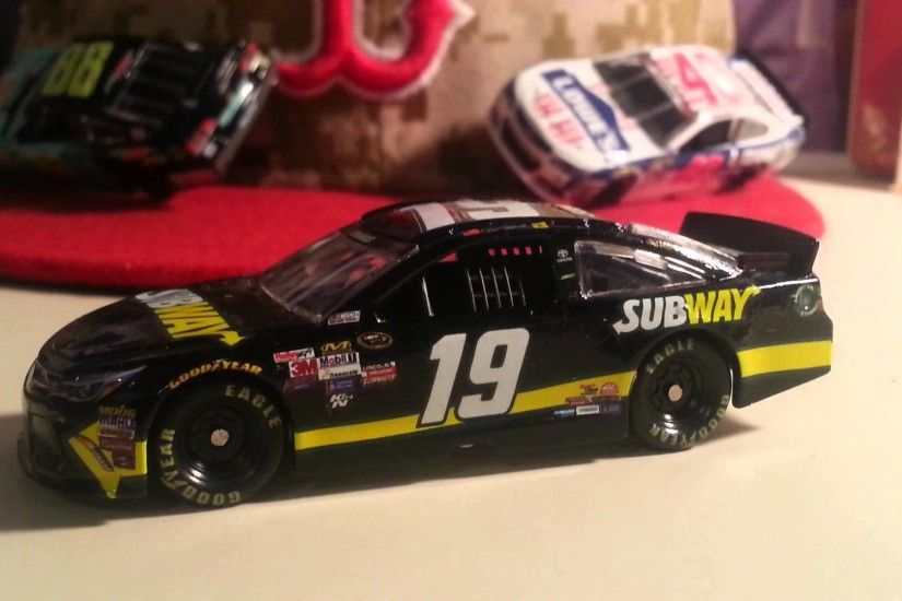 Diecast Review: Carl Edwards 2015 Subway 1/64