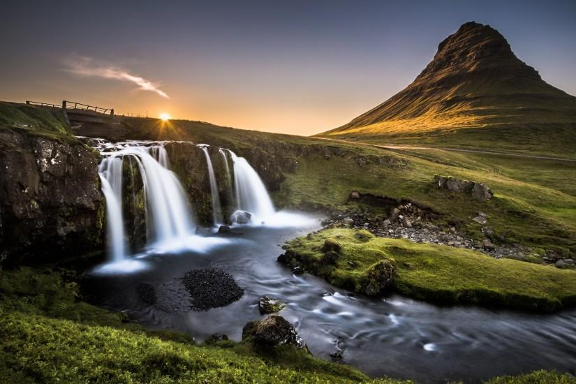 Kirkjufell, Iceland by Andreas Wonisch - Desktop Wallpaper
