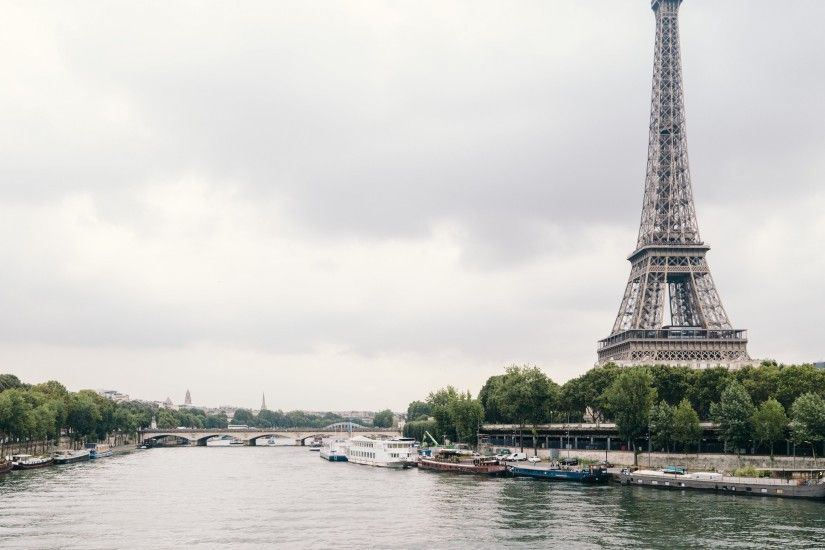 Preview wallpaper eiffel tower, paris, france, river, architecture 3840x2160