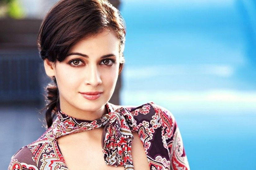 Dia Mirza Full HD Wallpaper