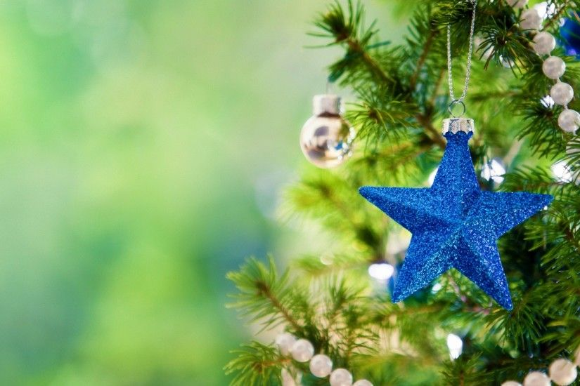 Blue Star And Ball On The Christmas Tree Wallpaper Background Wallpaper