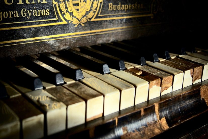 1920x1080 Piano Keys Photography. Technology - Windows 8 Wallpaper