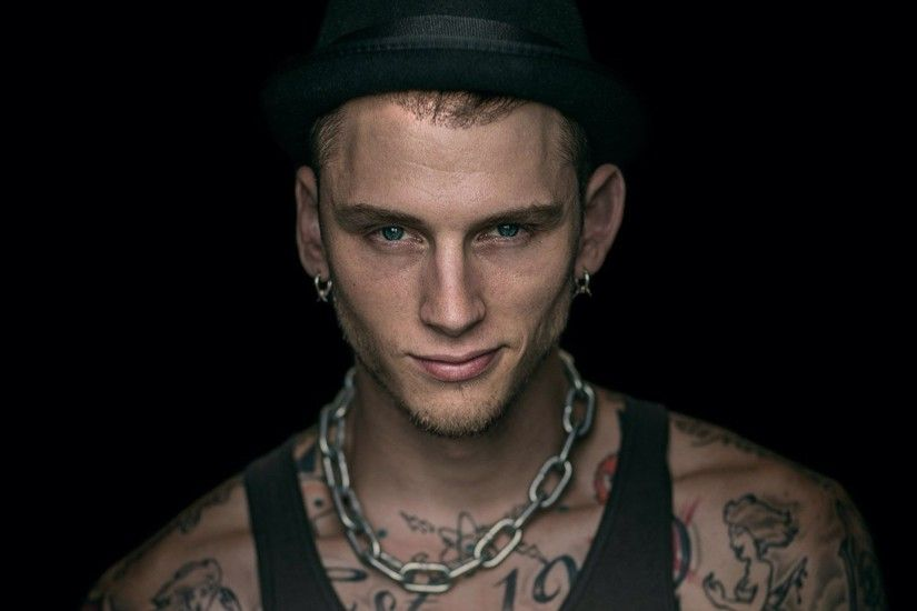 Tags: 1920x1280 Machine Gun Kelly Rapper