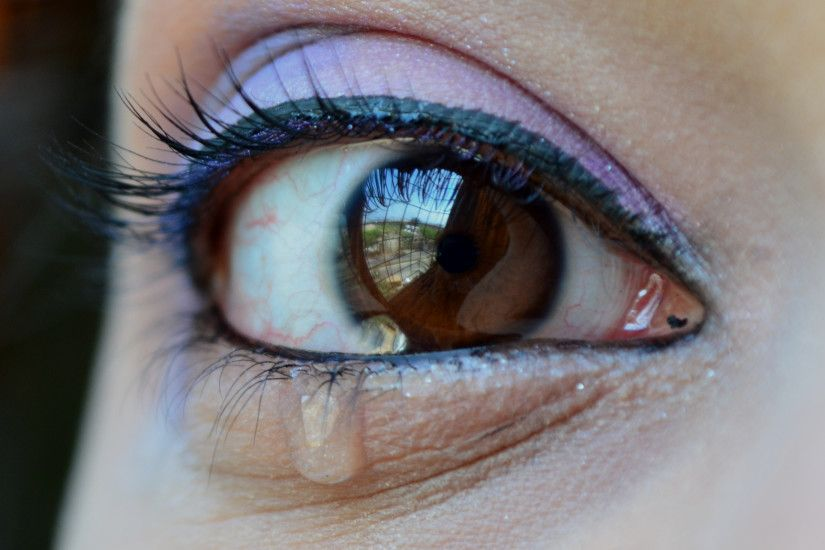 "7 photos of the ""Eyes With Beautiful Crying Images"""