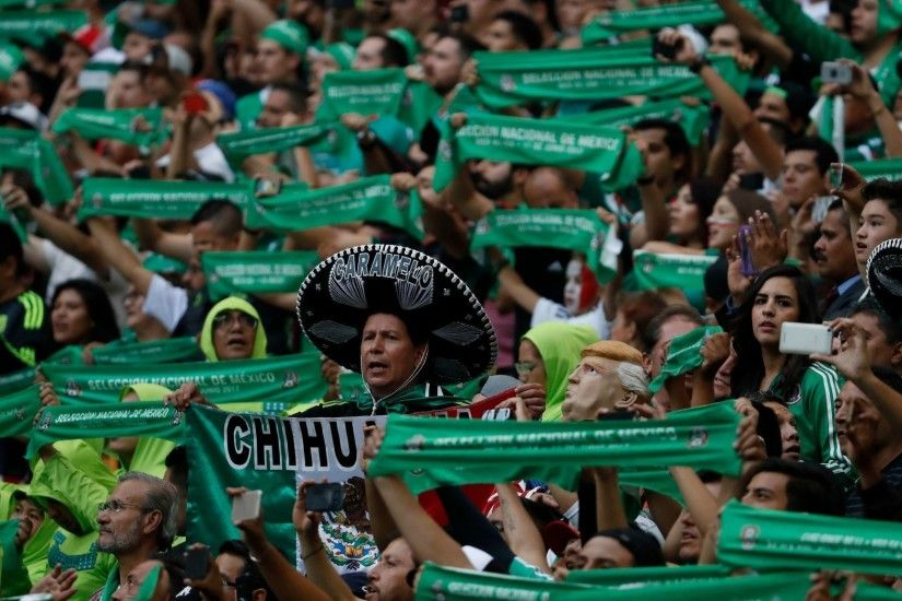 Mexican soccer fans are reluctant to give up a favorite chant — an anti-gay  slur - LA Times
