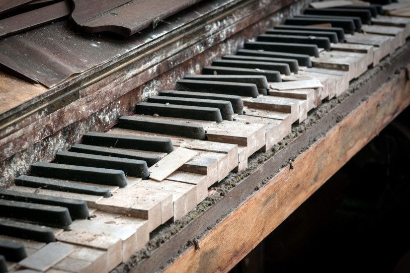 old piano keys keyboards