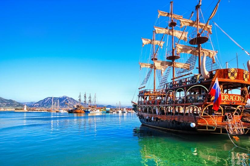 Pirate ship in Alanya harbor
