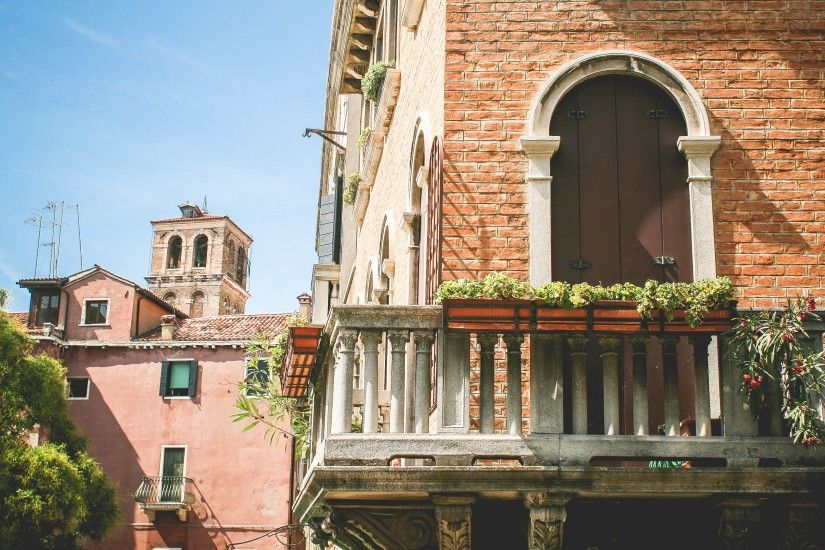 How is Summer in Italy?! See this free premium picture with the Venice  architecture to make you an idea · Download the wallpaper free under CC0  license by ...