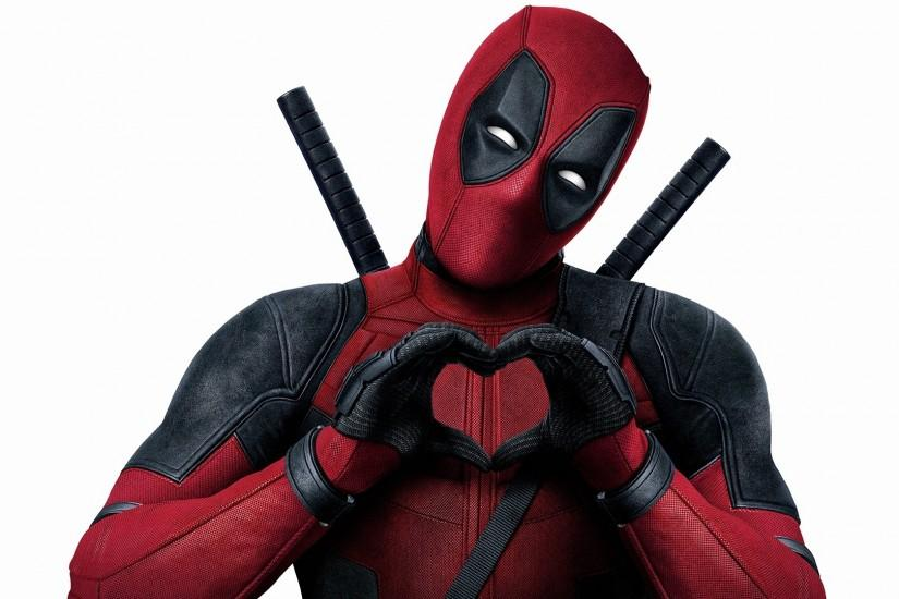deadpool-wallpaper-heart-hd