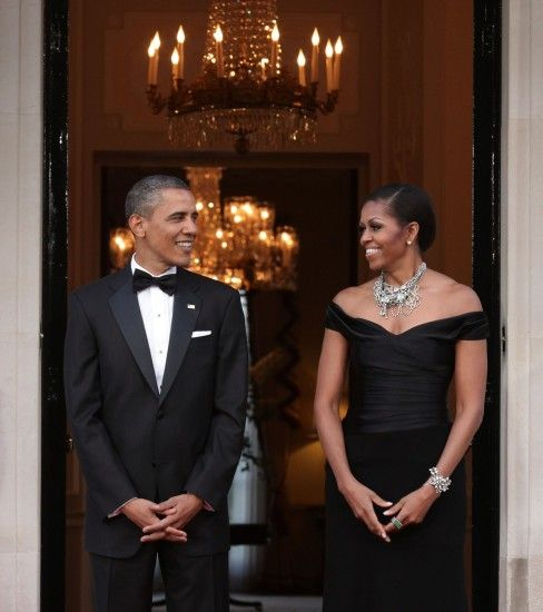 Barack and Michelle Obama's Romance: A Look Back At Their Sweetest Moments  - Vogue