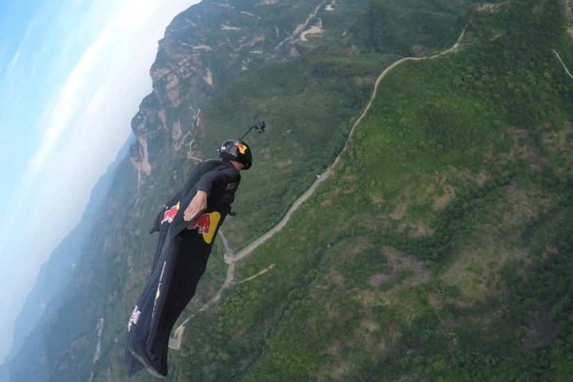 'Human Arrow' Pulls Off Wingsuit Stunt Over Great Wall of China - NBC News