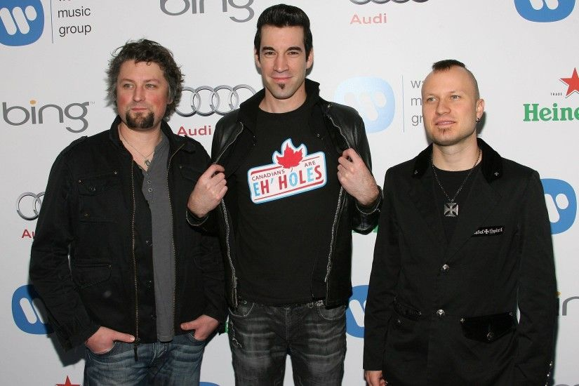 Images For > Theory Of A Deadman
