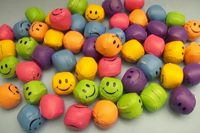 ... SMILEY FACES WALLPAPER - (#19038) - HD Wallpapers .