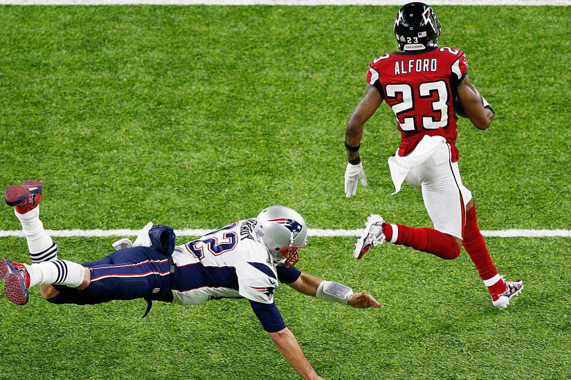 Super Bowl 51: Tom Brady's pick-six, in frame-by-frame dejection | NFL |  Sporting News