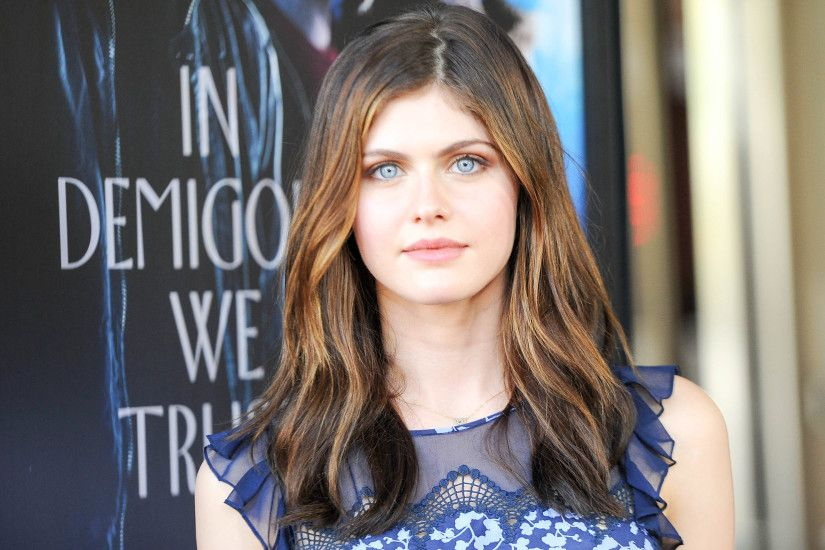 Beautiful Alexandra Daddario New HD Wallpapers - All HD .
