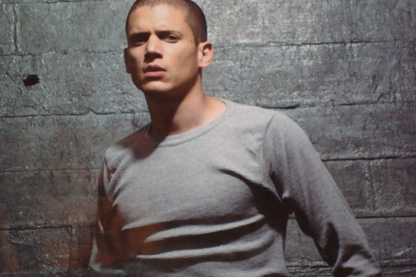 Themes Gallery 1920x1200 px · Wentworth Miller Wallpapers 2560x1920 px - HD  Backgrounds