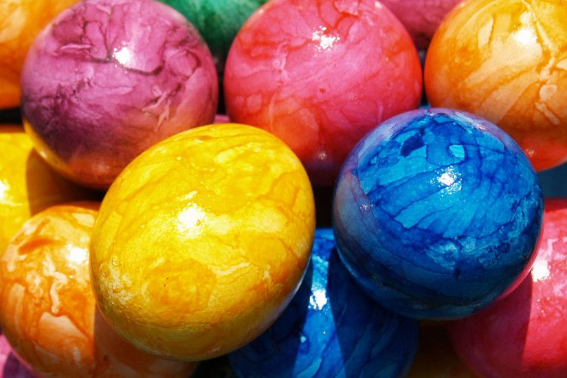 Colorful Easter Eggs Background Wallpaper 02915