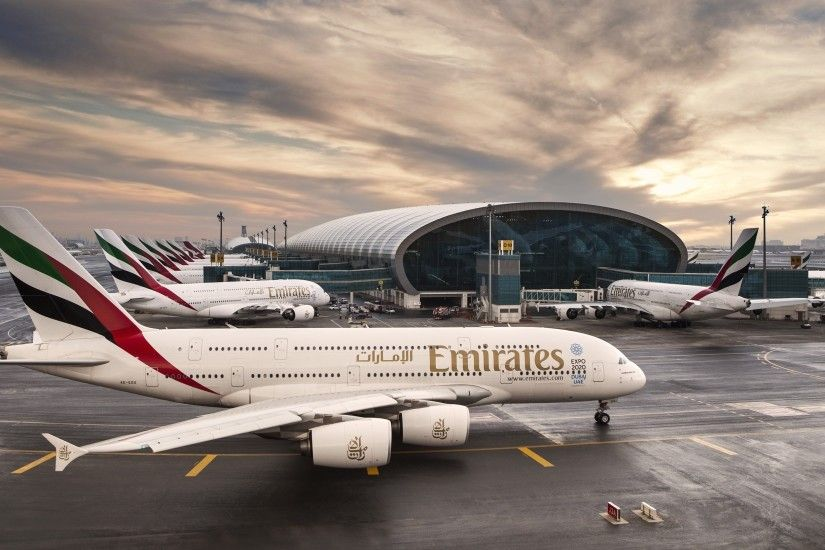 Vehicles - Airbus A380 Airplane Airport Airbus Emirates Wallpaper