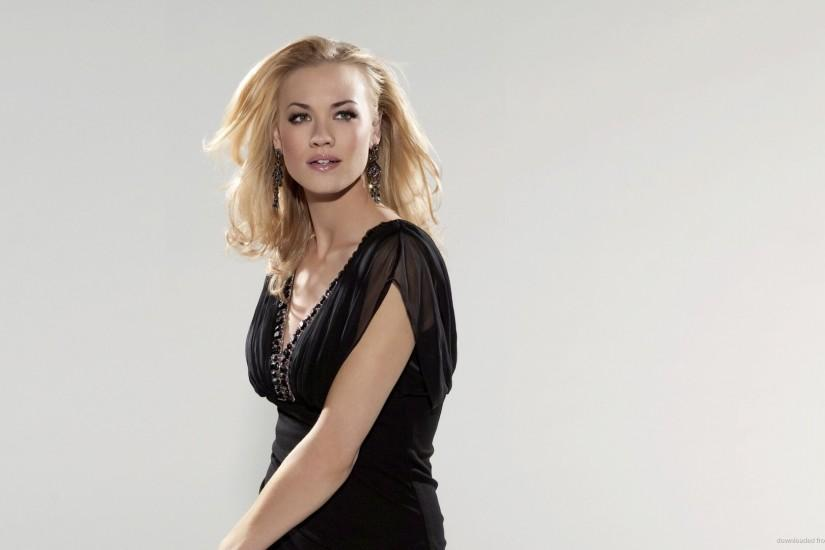 Yvonne Strahovski Black Dress Wallpaper picture