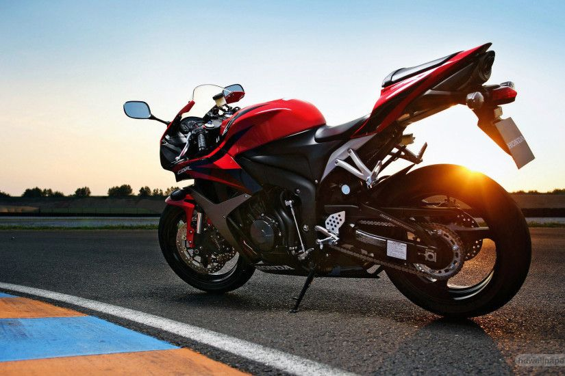 bike-wallpapers-1366x768-road-bike-wallpaper-1024x640