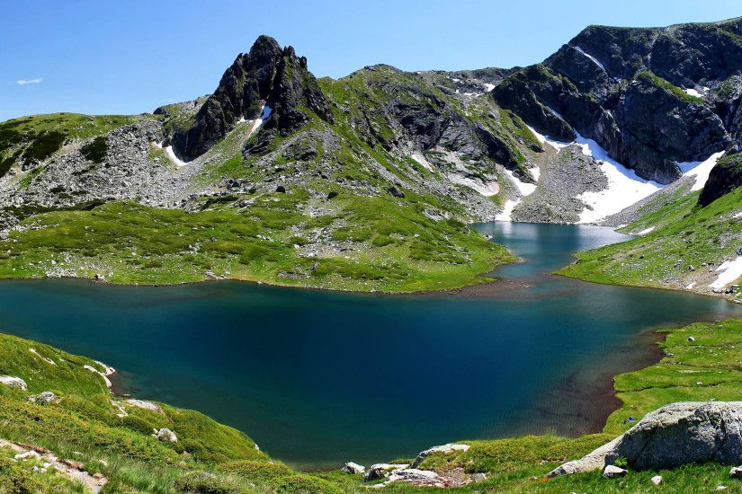 ... Picture of Seven Lakes in Bulgaria as 4K Wallpaper