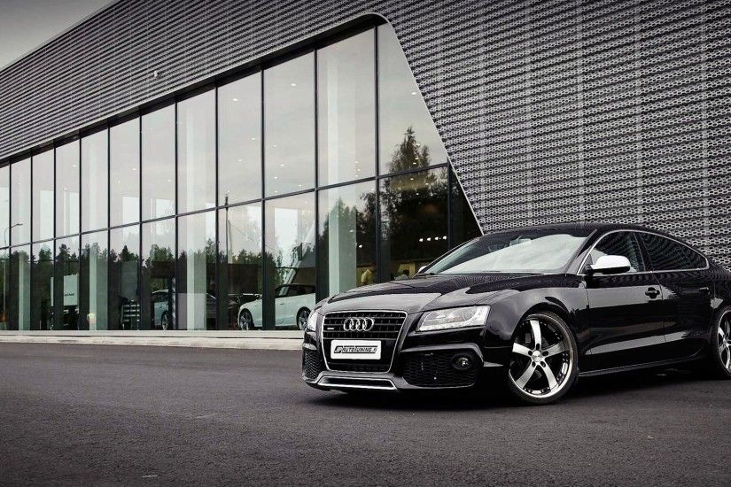 Awesome Audi RS5 Wallpaper