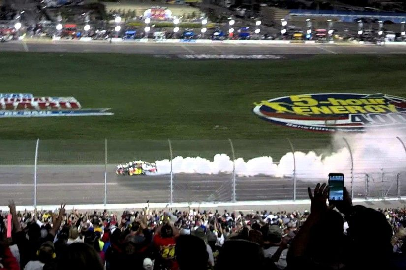 JEFF GORDON BURNOUT KANSAS SPEEDWAY 5-10-14
