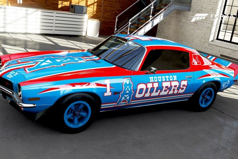 Throwback to a pretty Houston Oilers themed 1970 Camaro ...