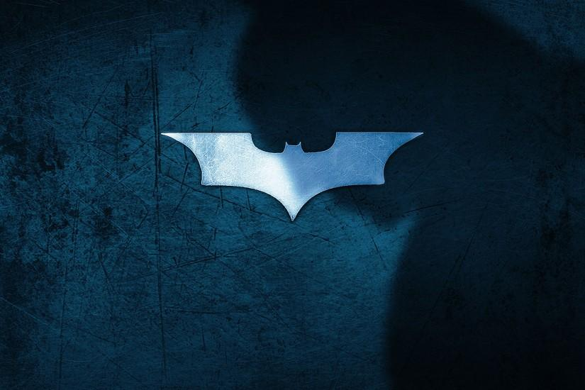 Weekend Wallpapers: Batman Protects Gotham City on Your iPad