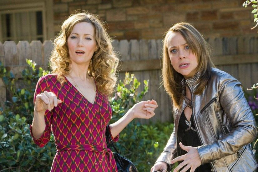 Leslie Mann images Leslie & Nicole Sullivan in 17 Again HD wallpaper and  background photos