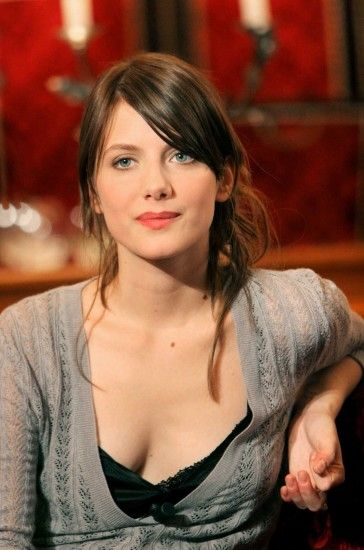 wallpaper Melanie Laurent
