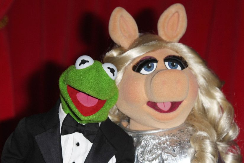 See Kermit and Miss Piggy go 'Fifty Shades of Grey' in hilarious clip -  TODAY.com