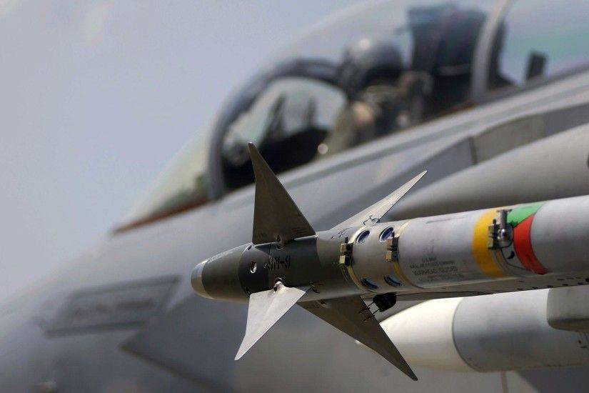 Military aircraft / air-to-air missile wallpapers and images .