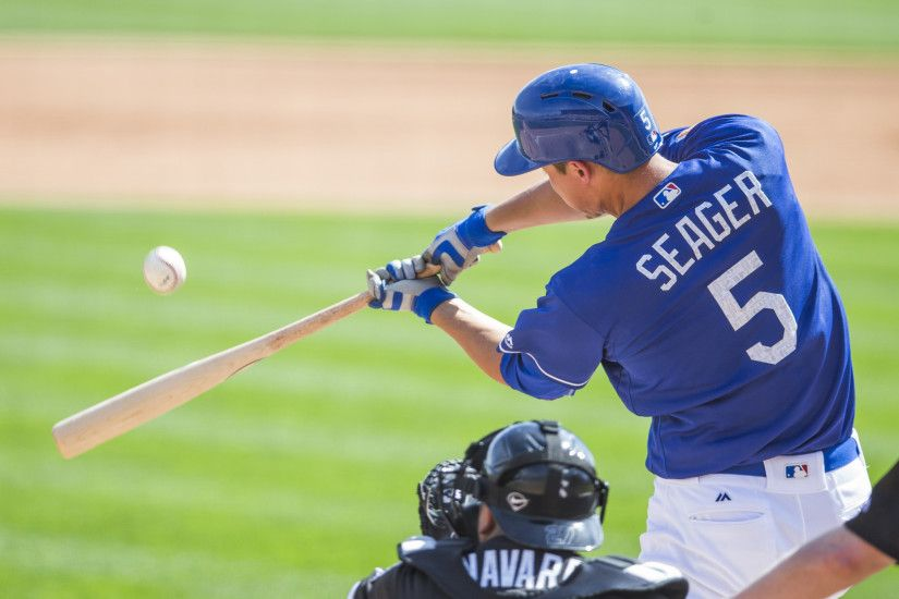 Dodgers' Corey Seager on knee injury: 'Kind of buckled under me' - LA Times
