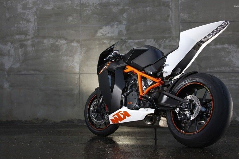 KTM 1190 RC8 wallpaper