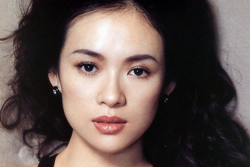 According to the sources, Zhang Ziyi's most effective beauty tip is  drinking a lot of