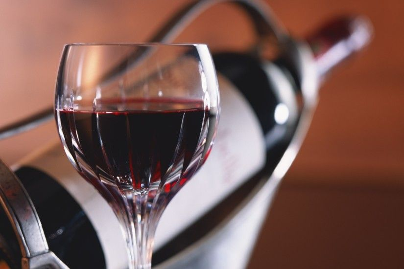 a glass of red wine Hd wallpapers