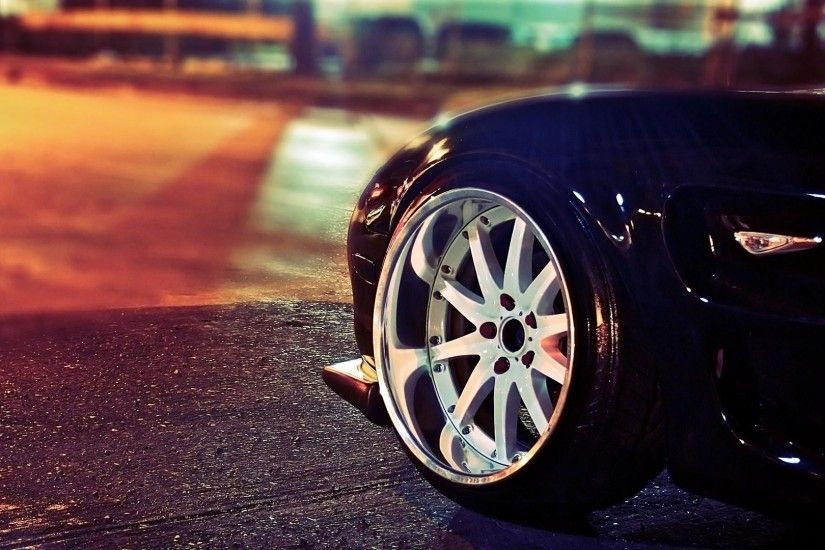 Outstanding Car WheelsImages for Iphone Wallpaper