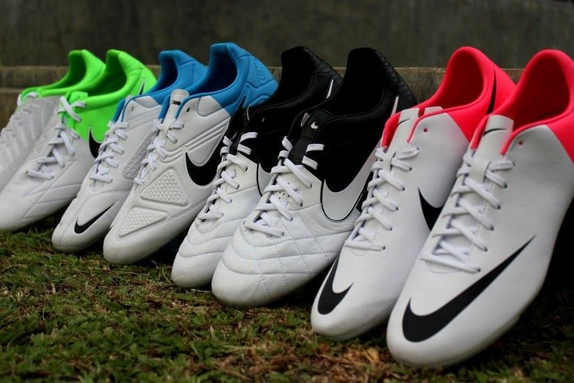 Nike Football Boots Models Desktop Wallpaper | New Football Wallpapers