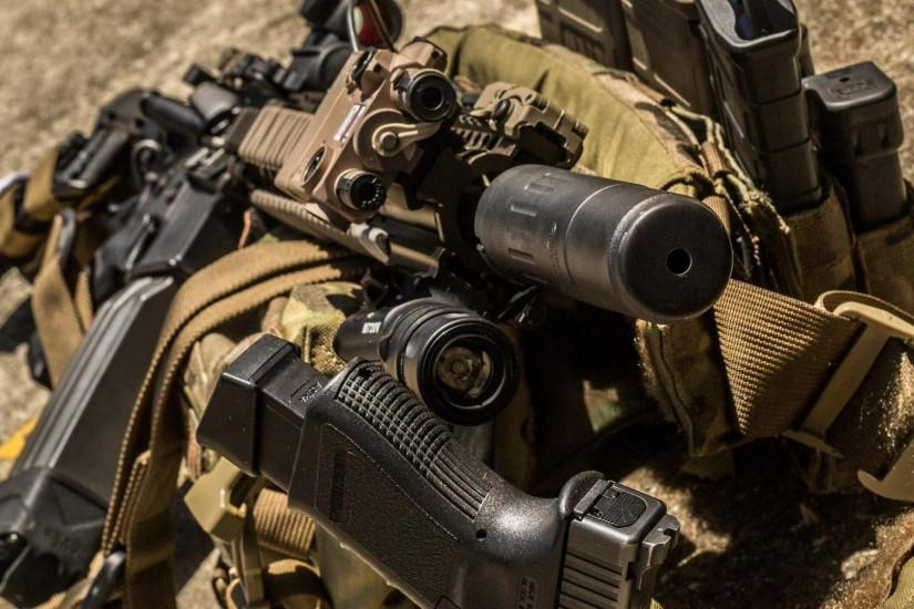 Magpul ar-15 suppressor surefire led weaponlight aimpoint wallpaper .