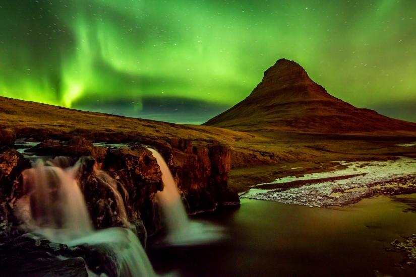 Aurora iceland wallpaper.
