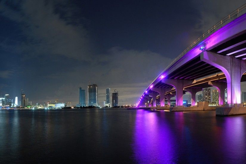 Preview wallpaper miami, night, bridge, building, ocean 2560x1440