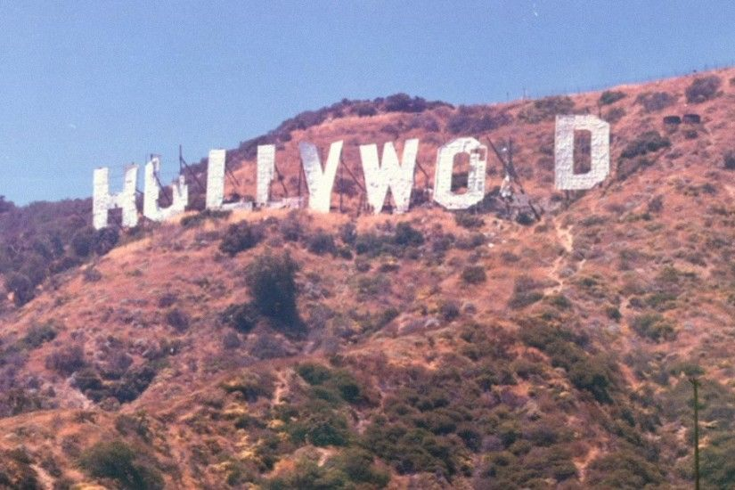 Hollywood sign falling apart in the 70s [1920x1080] ...