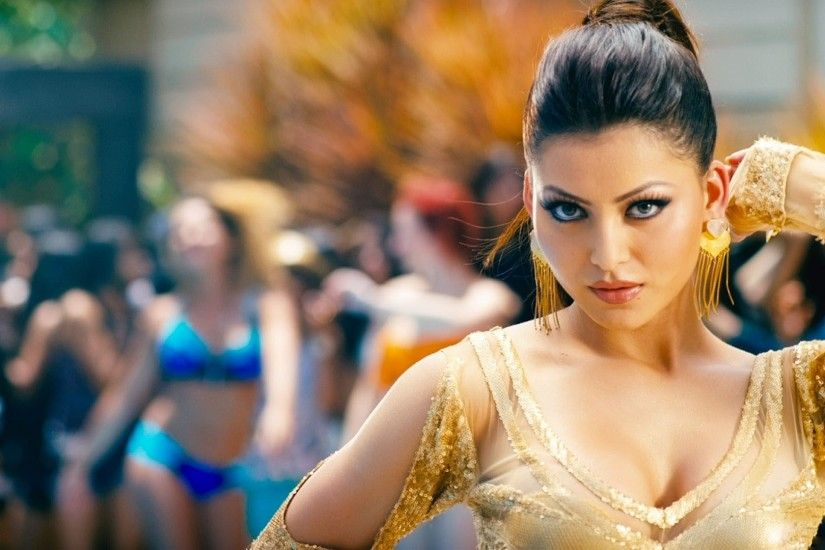 Actress Urvashi Rautela hot Images