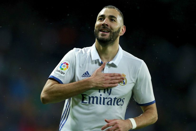 """Karim Benzema best number 9 for Madrid, but he's rested today. Kroos and  Marcelo too. Five changes in total from Spurs midweek. Ceballos in for  Kroos, ..."