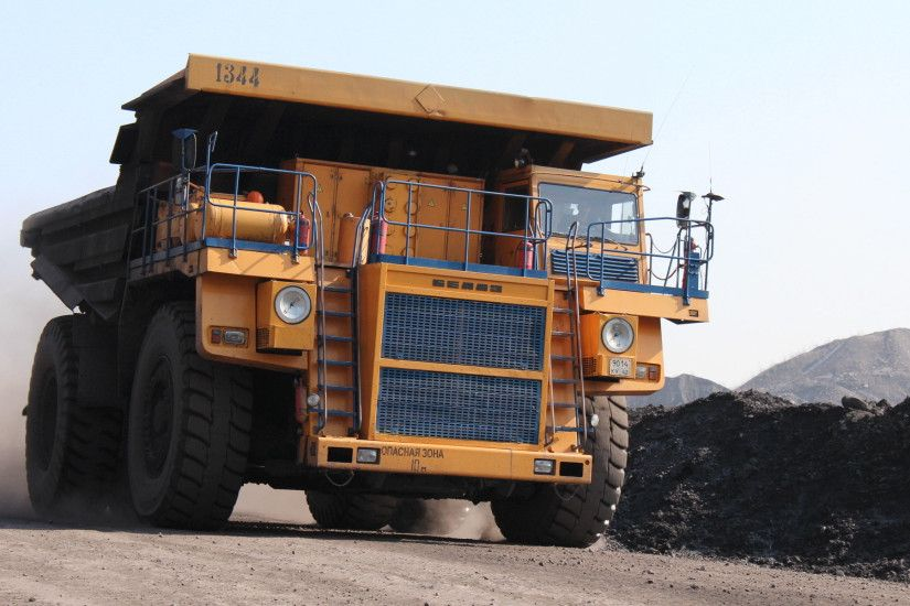 Vehicles - Semi Truck Dump Truck Mining Cat Wallpaper