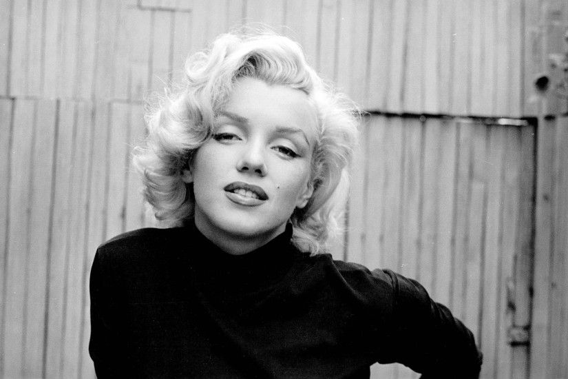Marilyn Monroe Wallpaper for iPad - WallpaperSafari Marilyn Monroe Twitter  Cover & Twitter Background | TwitrCovers ...