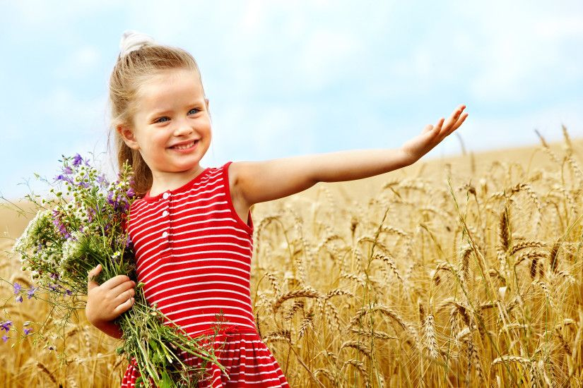 Photography - Child Cute Wheat Flower Wallpaper